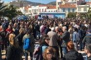 Στο πόδι η Μυτιλήνη, όλοι οι κάτοικοι της Λέσβου στα μπλόκα