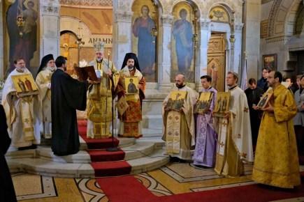 kyriaki-tis-orthodoxias-sto-parisi (11)