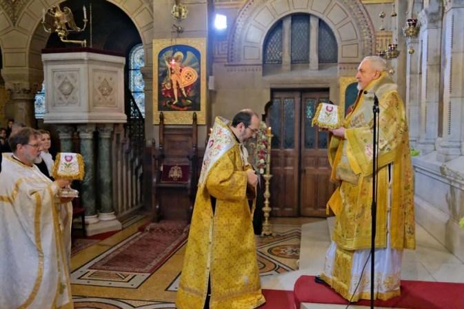 kyriaki-tis-orthodoxias-sto-parisi (7)