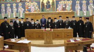 Η Ιερά Σύνοδος για Θεία Κοινωνία, γιόγκα, Rotary και Lions