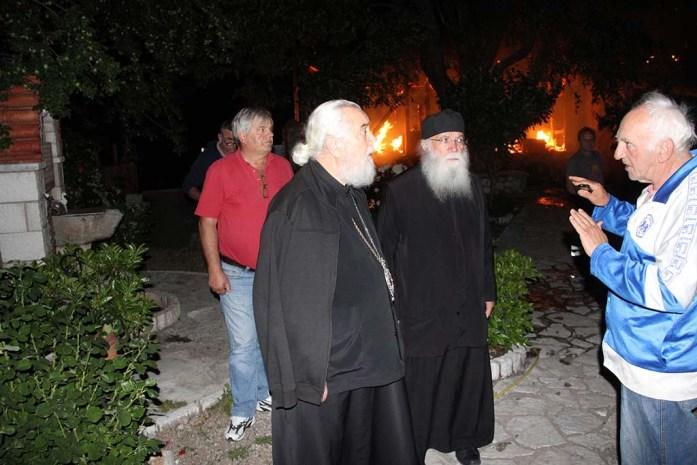 Ιερά Μονή Παναγίας Βαρνάκοβας: Η επόμενη μέρα από τη μεγάλη πυρκαγιά ΒΙΝΤΕΟ | ΕΚΚΛΗΣΙΑ | Ορθοδοξία | orthodoxiaonline | Βαρνάκοβα |  Βαρνάκοβα |  ΕΚΚΛΗΣΙΑ | Ορθοδοξία | orthodoxiaonline