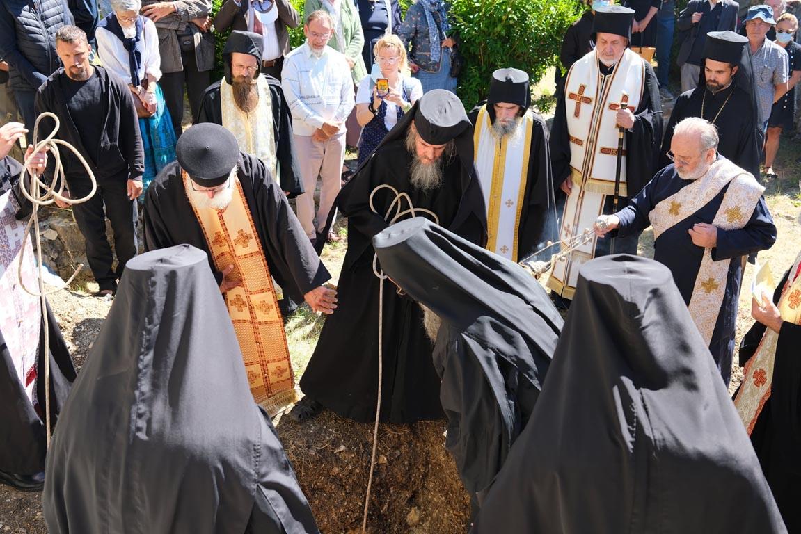 Η Εξόδιος Ακολουθία του Γέροντος Βίκτωρος Raïssi ΦΩΤΟ | ΕΚΚΛΗΣΙΑ | Ορθοδοξία | orthodoxia.online | Εξόδιος | Γέροντας Βίκτωρας Raïssi | ΕΚΚΛΗΣΙΑ | Ορθοδοξία | orthodoxia.online
