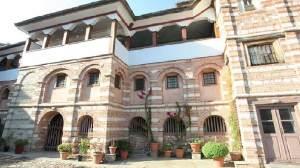 Σε καραντίνα 6 Μοναστήρια στο Άγιον Όρος
