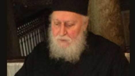 Εκοιμήθη ο προηγούμενος της Μονής Παρακλήτου Αρχιμανδρίτης Τιμόθεος (Σακκάς)