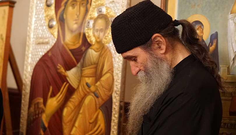 Ιερομόναχος Λουκάς Ξενοφωντινός: Σκέψεις για την Ουκρανική Εκκλησία