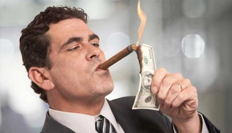 Ο πλούτος των δισεκατομμυριούχων αυξήθηκε σε επίπεδο ρεκόρ εν μέσω της πανδημίας του κορωνοϊού
