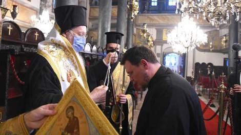Οικουμενικός Πατριάρχης Βαρθολομαίος: Ευχαριστούμε τον Θεό για του πολλούς νέους κληρικούς