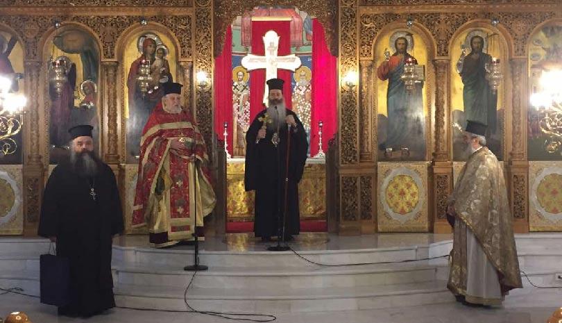 Ο Μητροπολίτης Φθιώτιδος κοντά σε εορτάζοντες Ιερείς