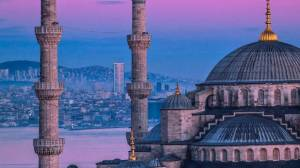 DW: Το τρίτο κύμα πανδημίας σαρώνει την Τουρκία