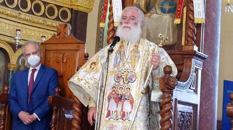 """Πατριάρχης Αλεξανδρείας: """"Όλοι οι ηγέτες προσπαθούν να εξασφαλίσουν το ευλογημένο εμβόλιο"""""""