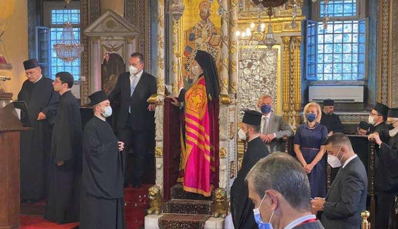 Εσπερινός επί τη εορτή των Αγίων Αποστόλων Βαρθολομαίου και Βαρνάβα