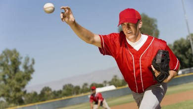 Photo of Pitchers' blood flow decreased in provocative shoulder position
