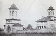 jos-biserica-din-cuhuresti-sus-soroca_w747_h373_q100