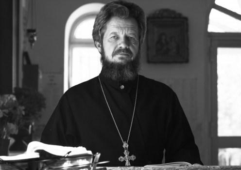 Parohul-Bisericii-Protoiereul-Vladimir-Gladcov-1-1024x726