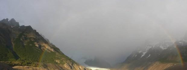 Regenbogen über der Laguna Torre