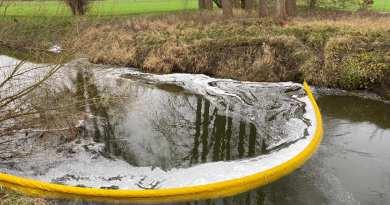 H1X Öl auf Wasser