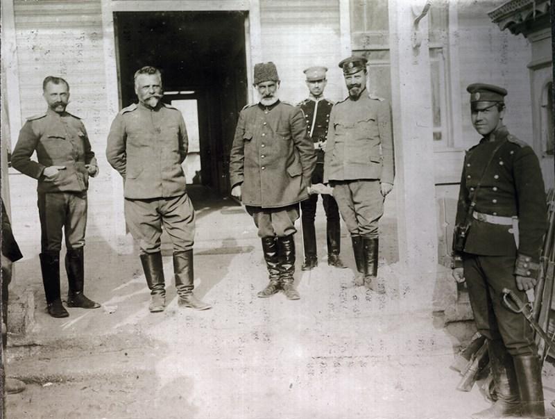 Bugarski general Vazov sa zarobljenim Mehmed Ferik Šukri-pašom (Mehmet Ferik Şükrü Paşa, 1857-1916)