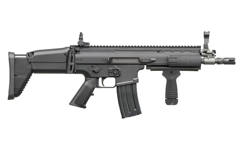 Jurišna puška FN SCAR-L-CQC sa rucicom
