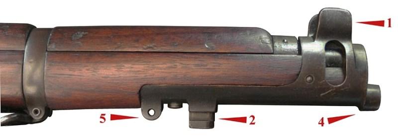 Desna strana usadnika puške 7.7 mm SMLE №.1 mark III.