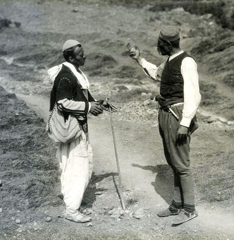 rnogorac naoružan gaserom M1870. Bojište kod Skadra, početak aprila 1913. Foto S. Černov, AS