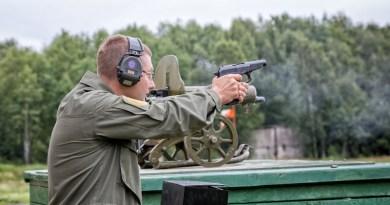 Ruski pištolji – Gjurza / Vektor