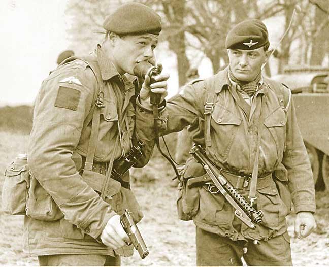 Britanski vojnici oko 1960 sa HP35 Inglis No. 2 Mark I