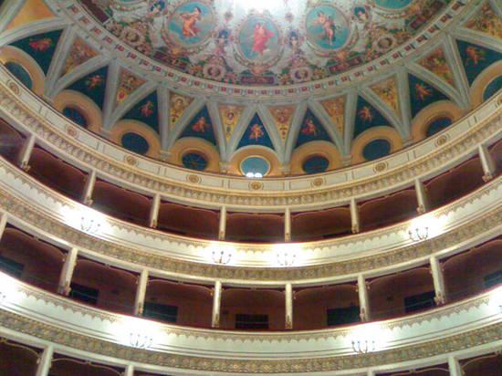 CALA IL SIPARIO SULLA STAGIONE TEATRALE 2011/2012 DEL MANCINELLI