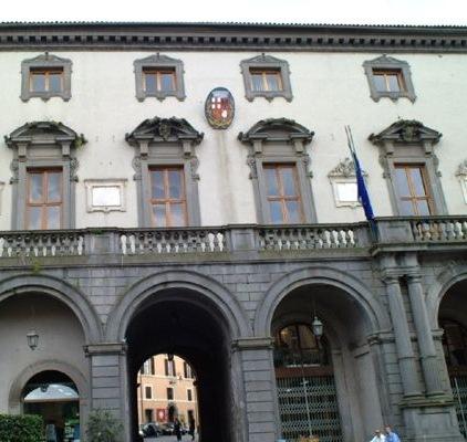 Accordo di collaborazione tra il Comune di Orvieto e Formez P.A. per realizzare una rete locale di servizi per l'occupabilità e l'occupazione