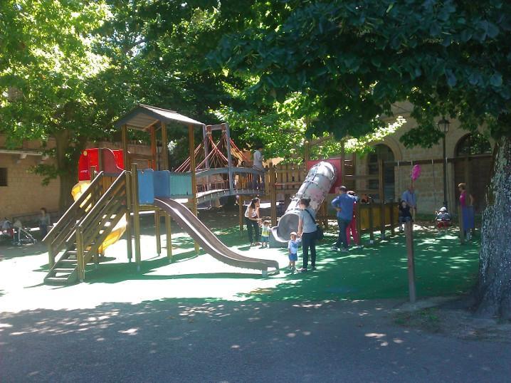 """Riqualificazione urbana, Chianella: """"Oltre un milione di euro per spazi giochi per bambini"""""""