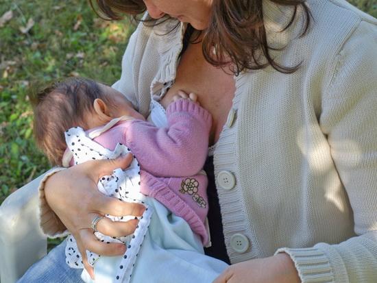 Flash Mob ad Orvieto per promuovere l'allattamento materno