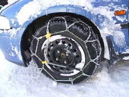 Sulle strade comunali obbligo di circolazione con catene o pneumatici da neve