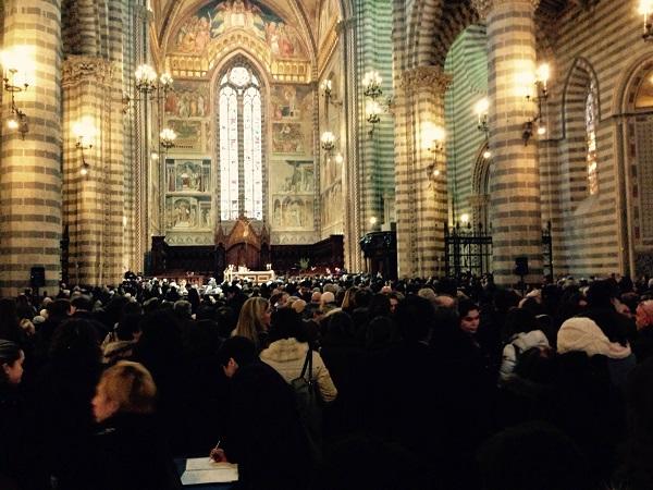 Concerto di chiusura del Festival of Strings in Duomo diretto da George Atanasiu
