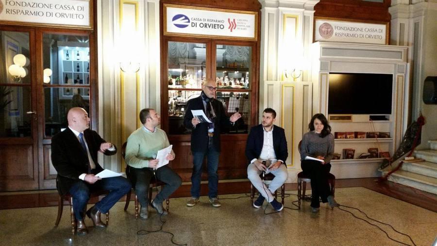 Referendum per la riforma della Costituzione:se ne parla a ItaliaSi e ItaliaNO con Cortoni (PD),Fiorini (Lega Nord) Mescolini (PD),Sacripanti (Az.Naz.)
