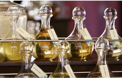 A Porano corso pratico-teorico su distillazione di piante aromatiche