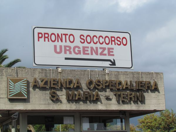 Caso di meningite a Terni. Studentessa ricoverata e attivata subito profilassi