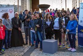 """La Torcia degli """"Special Olympics"""" 2017 fa tappa ad Orvieto e accende il tripode a Piazza Duomo"""