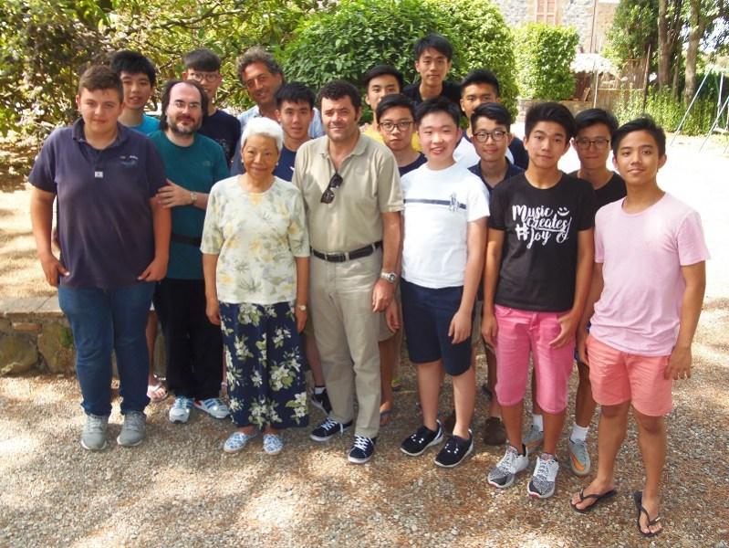 Da Hong Kong a Castel Viscardo: una lezione con gli allievi cantanti dei Corsi Estivi