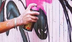 Street art a Sferracavallo, sulla torretta Enel il duo Dom Quix realizza opera ispirata a Netti