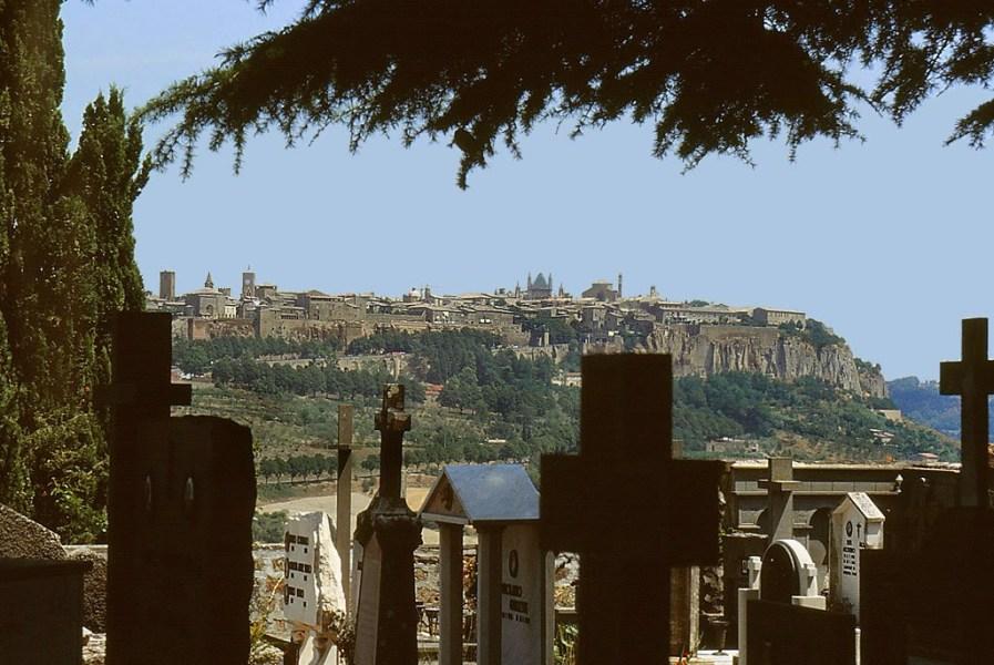 Causa maltempo chiuso il civico cimitero di Orvieto e i cimiteri frazionali