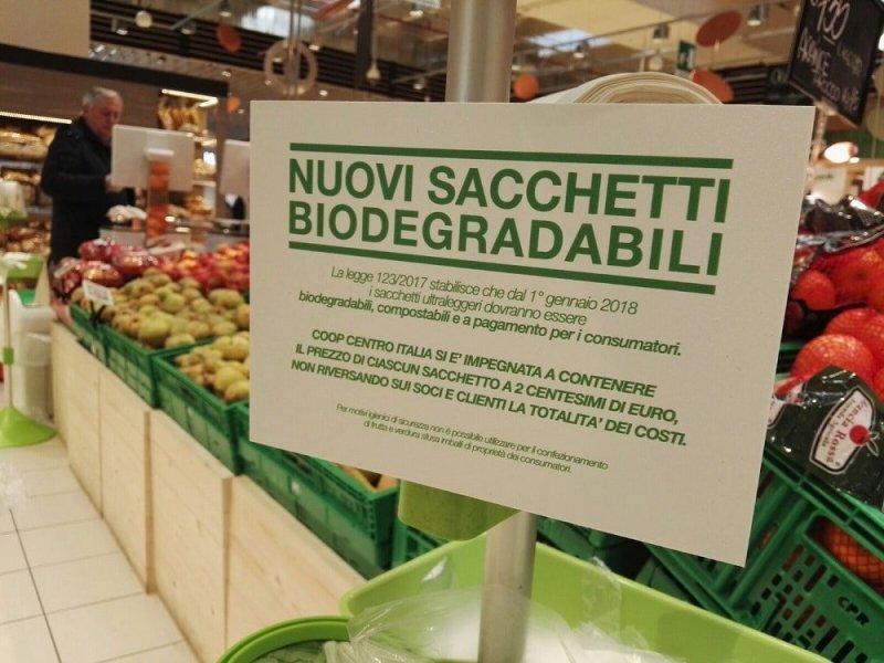 Codacons estende in Umbria la propria battaglia contro i sacchetti bio a pagamento