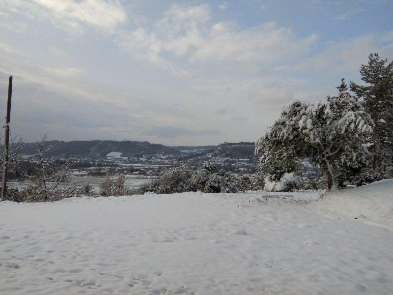 """Gelo e neve, situazione critica nell'Orvietano. """"Mettersi in strada solo se strettamente necessario"""""""