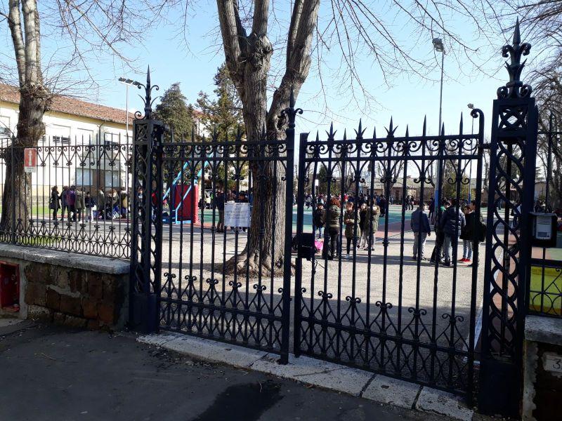 Furto di pc e tablet alla scuole Signorelli e Barzini di Orvieto. Appello ai cittadini per aiutare l'Istituto