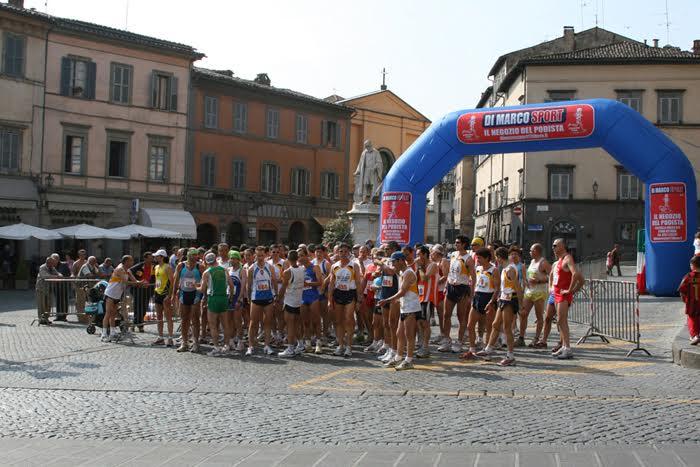 Gabriele Granella e Marcella Municchi vincono la 34A podistica della Liberazione