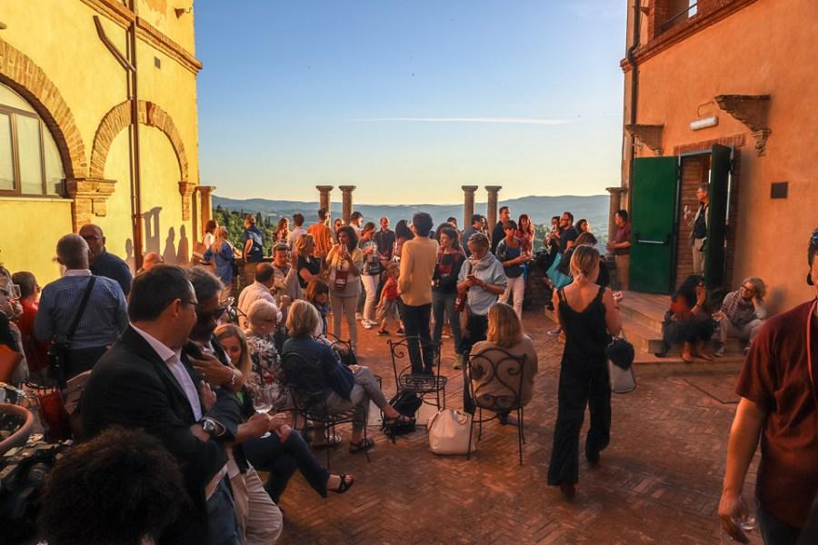 Un bicchiere pieno di emozioni, un sorso al cuore: successo per Wine Show Todi