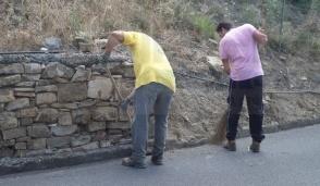 Ad Amelia un gruppo di volontari ripulisce via dei Cappuccini in vista giorno di San Francesco