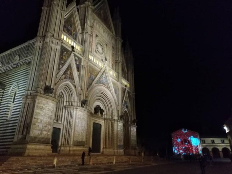 Presepi, cultura, musica, tradizione .. la città del Duomo, regalo di Natale. Tutto quello che c'è da fare e vedere per Innamorarsi di Orvieto