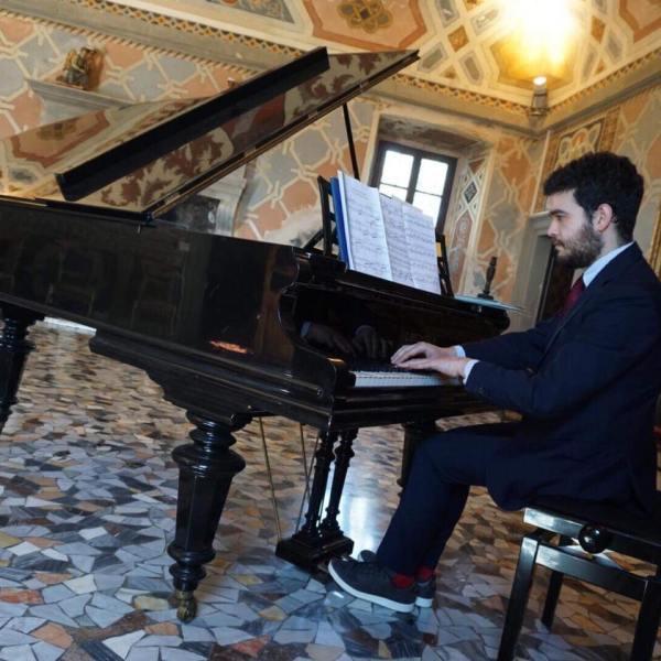 Concerto di pianoforte e voci bianche ad Acquapendente in occasione dell'Epifania