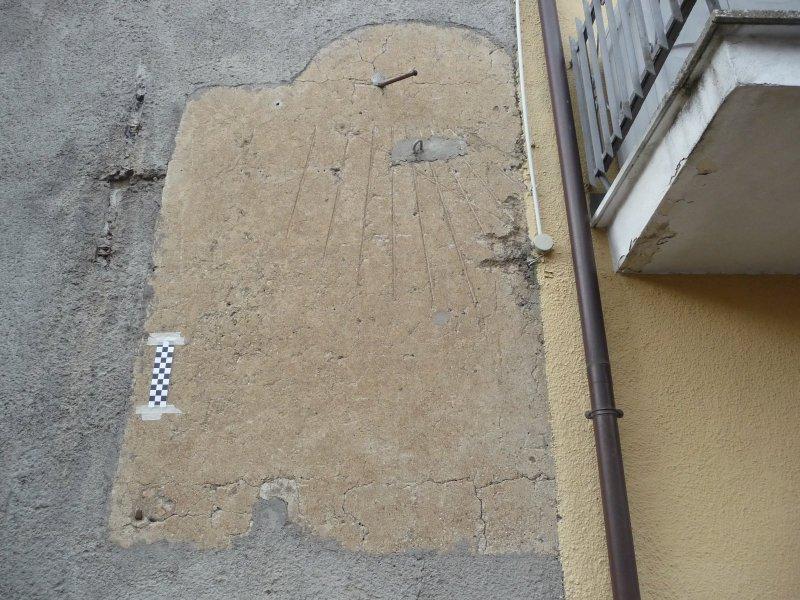 Castel Viscardo, l'antica meridiana del paese ritorna in funzione