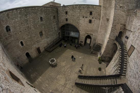 A Narni riapre al pubblico Rocca Albornoz, il castello medievale del 1300 che sormonta la città
