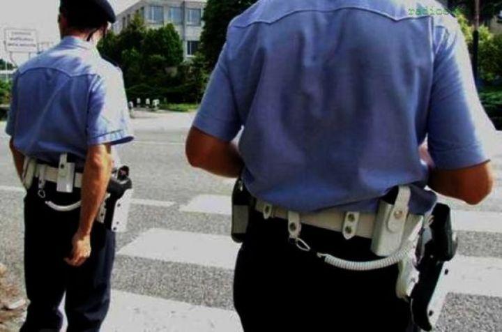 Vigili armati in giro per la città, approvato il Regolamento per la disciplina dell'armamento del Corpo di Polizia Locale